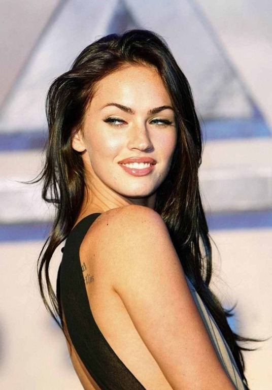Top 10 sexiest women in the world 2012