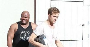 Ryan Gosling with trainer Kui Puk