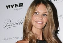 elle macpherson picture