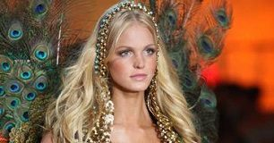 Erin Heatherton Victorias Secret Fashion Show