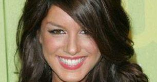 Shenae Grimes Face Closeup