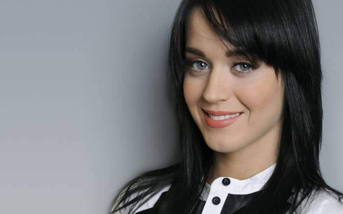 Katy Perry Height, Weight, Age, Body Statistics