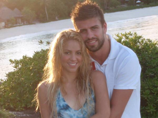 Shakira, Gerard Piqué Shut Down Divorce Rumors With Family Outing [PHOTOS]