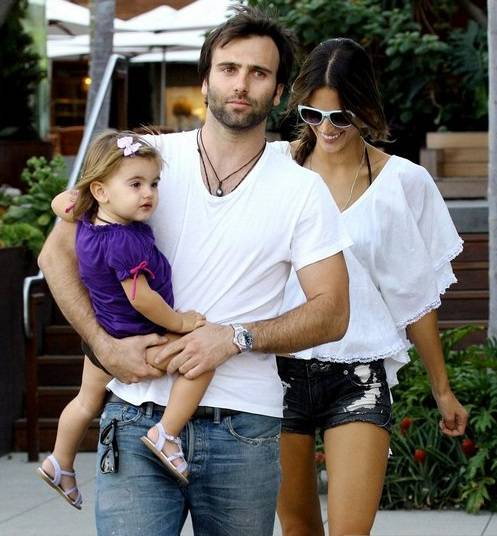 Alessandra-Ambrosio-Jamie-Mazur-family
