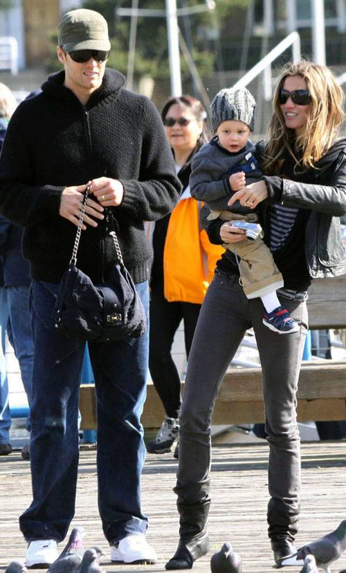 Gisele Bundchen with family