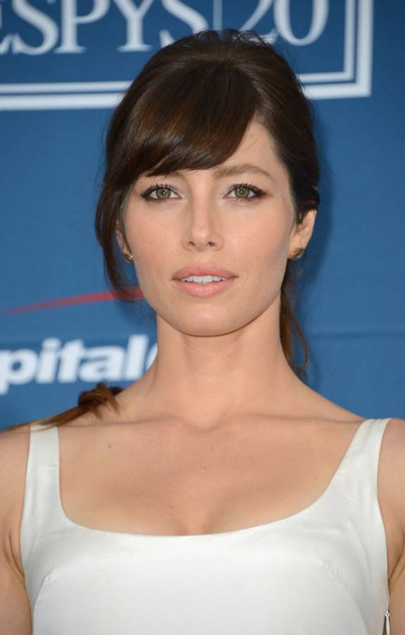 Jessica Biel Height We... Jessica Biel Split