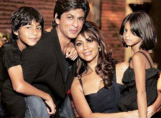 Shahrukh-khan-Gauri-Khan-and-kids