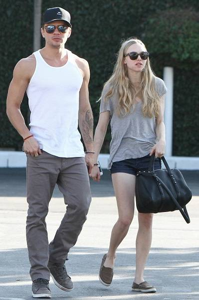 Amanda Seyfried with Ryan Phillippe
