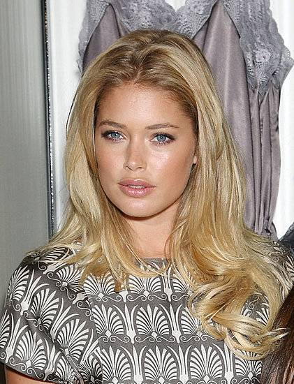 Doutzen Kroes face closeup