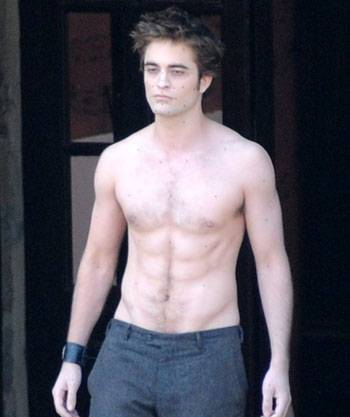 Robert Pattinson body