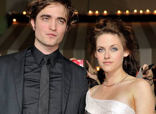Robert Pattinson with girlfriend Kristen Stewart