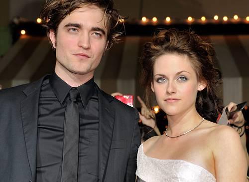 Robert Pattinson with girlfriend Kristen Stewart