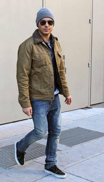 Zac Efron Height Weight Body Statistics Girlfriend