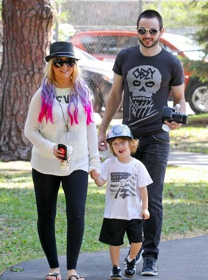 Christina Aguilera with Matthew Rutler and her son Max Liron
