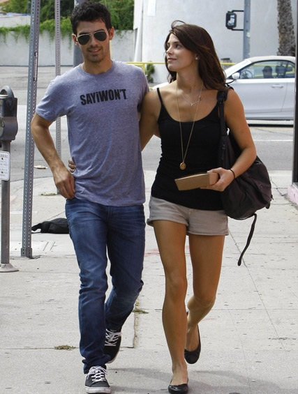Joe Jonas with Ashley Greene
