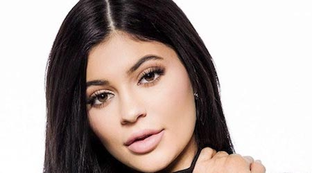 Kylie Jenner Height, Weight, Age, Body Statistics