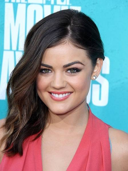 who is lucy hale dating august 2018