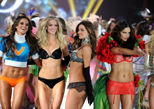 http://healthyceleb.com/wp-content/uploads/2012/12/Victorias-Secret-Fashion-Show.jpg