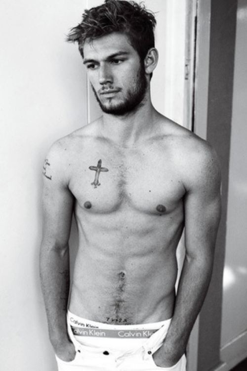 Alex Pettyfer Workout Exercise Routine