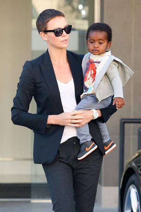 Charlize theron height weight body statistics healthy celeb charlize theron baby voltagebd Choice Image