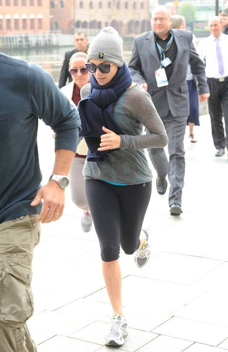 Jennifer Lopez Workout Jogging