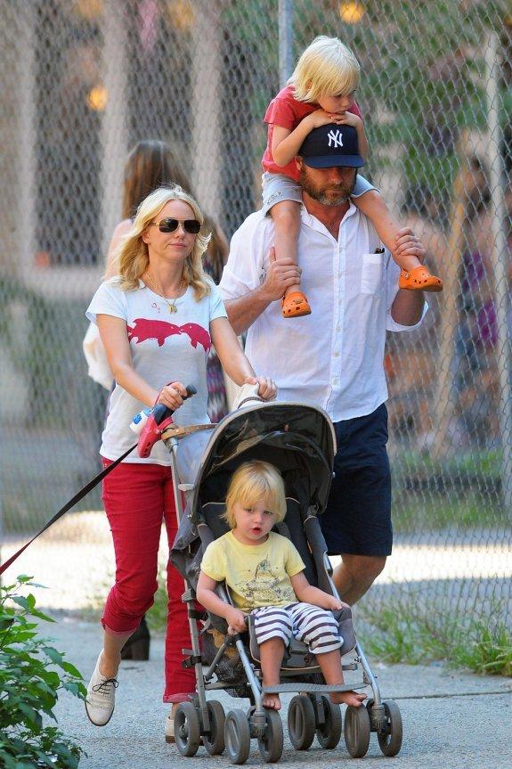 Naomi Watts family
