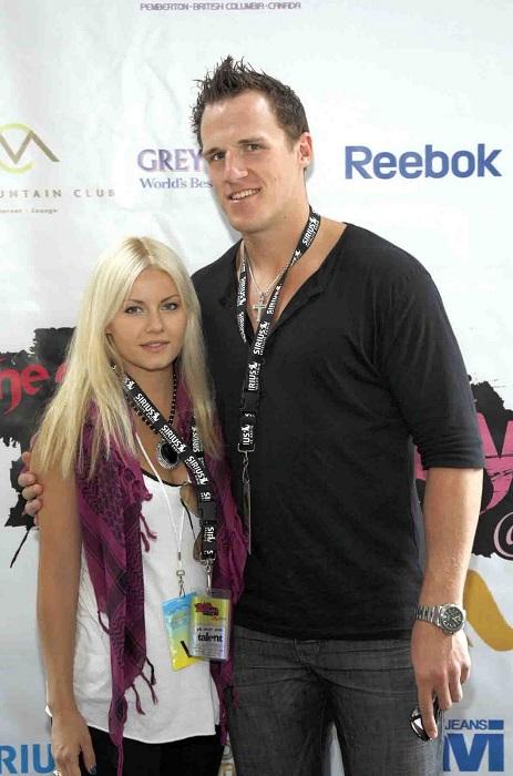 Elisha Cuthbert and Dion Phaneuf