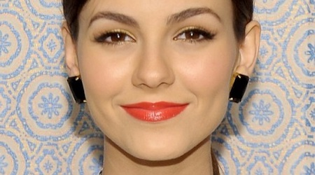 Victoria Justice Height, Weight, Age, Body Statistics