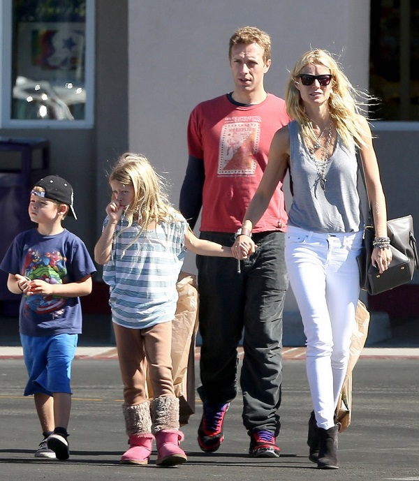 Gwyneth Paltrow with family