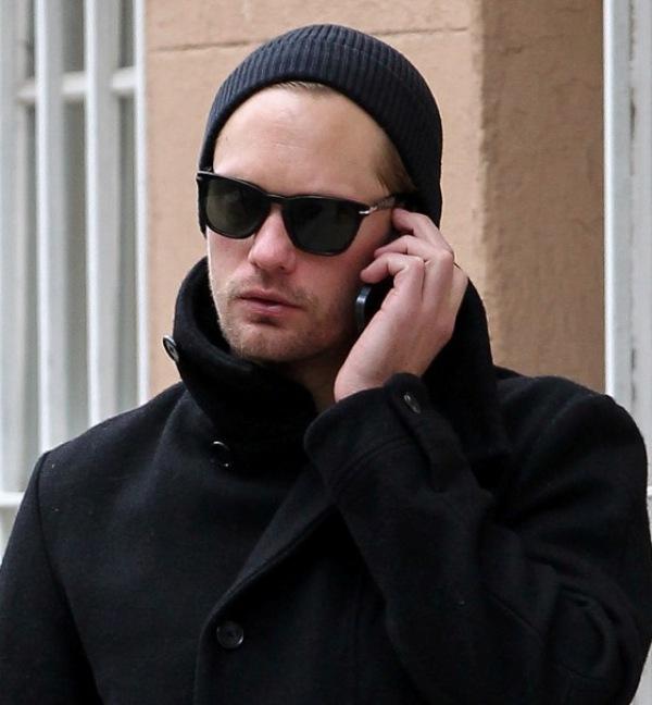 Alexander Skarsgard phone calling