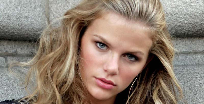 Brooklyn Decker Face Closeup