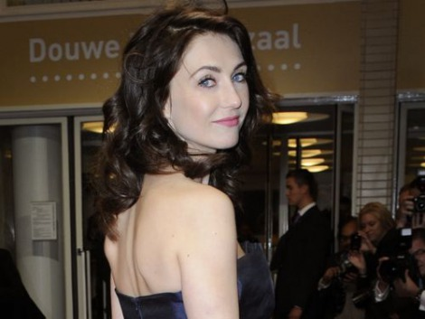 carice van houten dating 11 may 2018 famousfix profile for carice van houten including biography information, wikipedia facts, photos, galleries, news, youtube videos, quotes, posters, magazine covers, trailers, links, filmography, discography and trivia.
