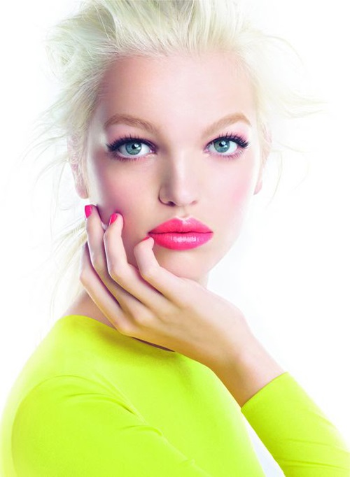 Dutch Model Daphne Groeneveld Eyes