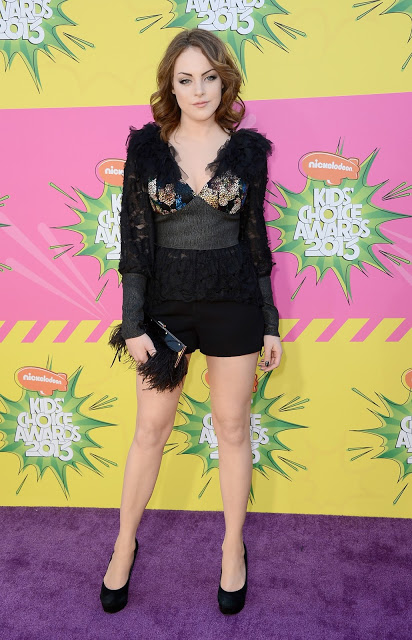 Elizabeth Gillies hot legs