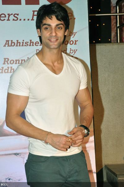 Karan Wahi height