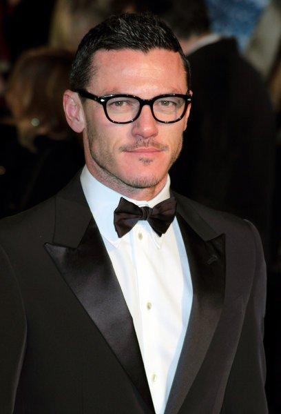 Luke Evans in spectacles