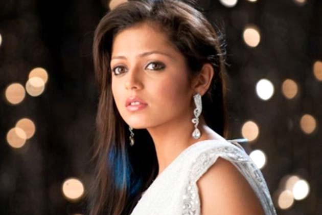 drashti dhami white dress