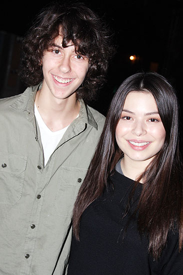 Miranda Cosgrove and Nat Wolff