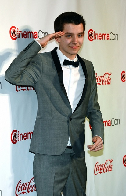 Asa Butterfield saluting