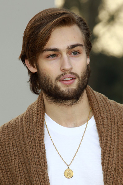 Douglas Booth beard