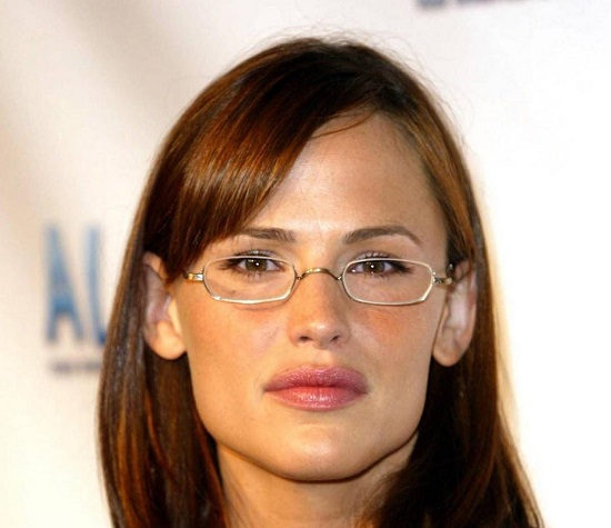 Jennifer Garner wearing spectacles