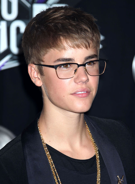 Justin Bieber spectacles