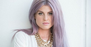 Kelly-Osbourne-hair-306x160