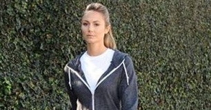 Stacy-Keibler-Workout-Gear-306x160