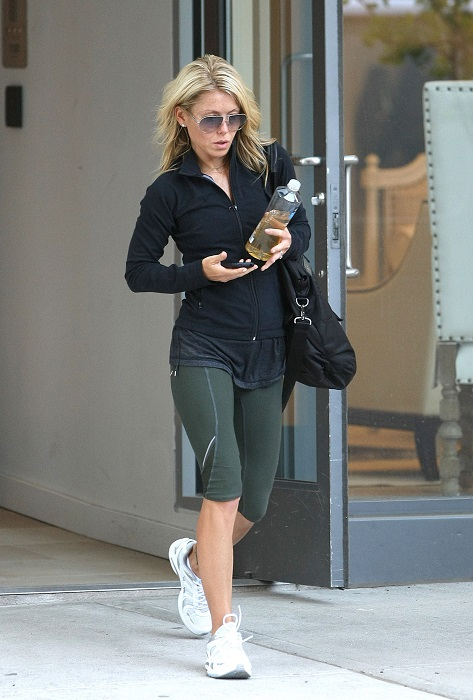 Kelly Ripa in Workout Wardrobe