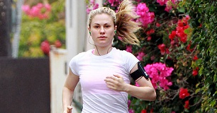 Anna Paquin Workout, Exercise Routine Diet Plan - Healthy ...