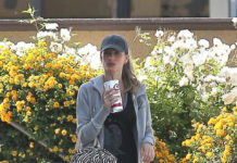 Gisele Bundchen Post Workout Juice Break