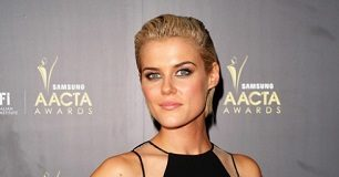 Rachael Taylor thin body frame. Read her workout routine and diet plan.