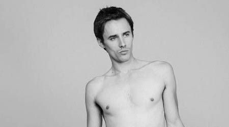 Reeve Carney Height, Weight, Age, Body Statistics