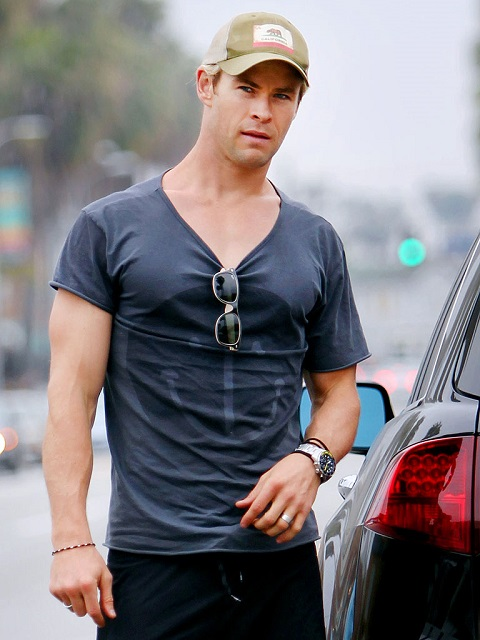 chris hemsworth watch